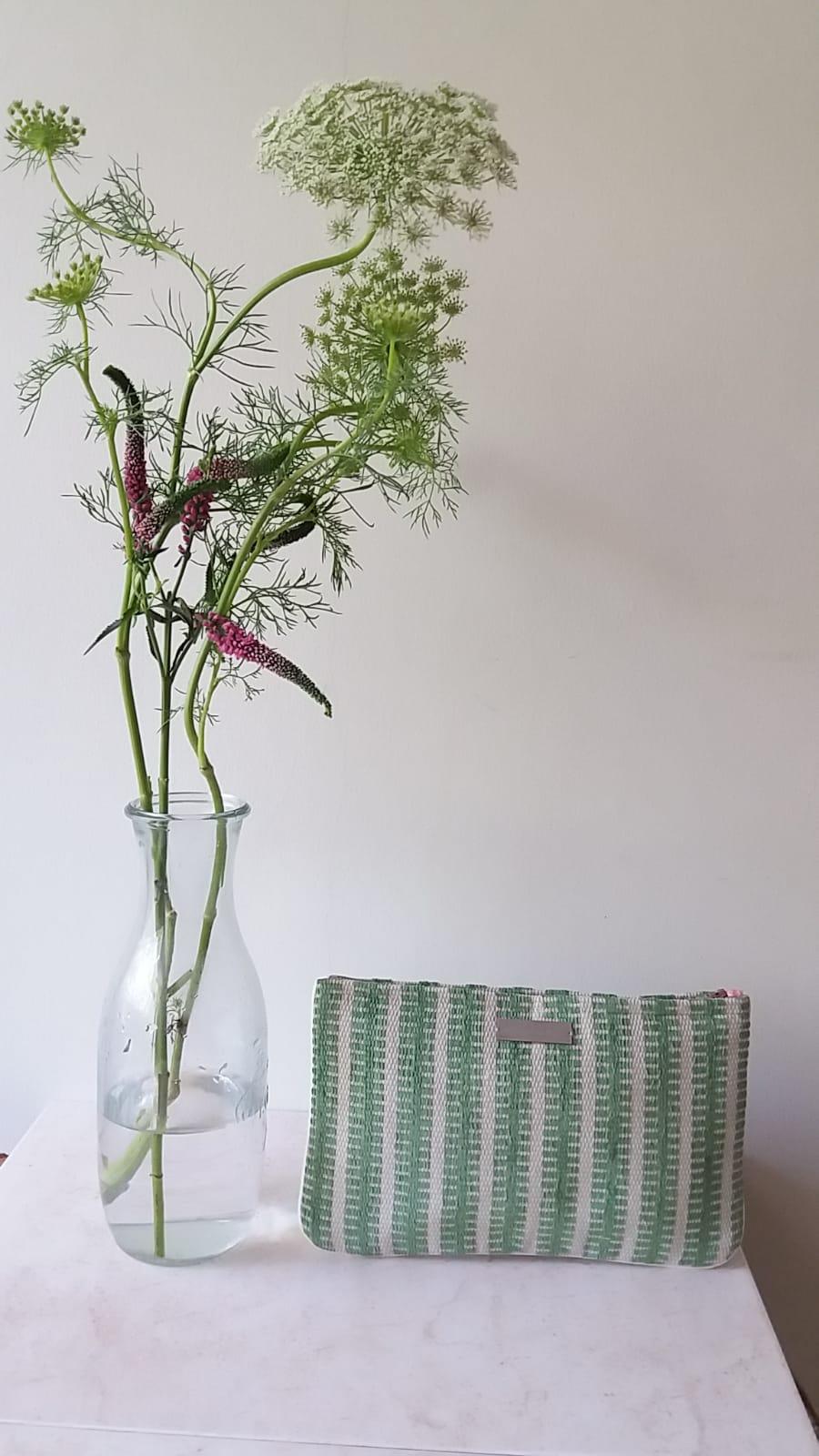 cartera verde manzana - coleccion geomtrias